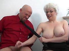 Порно толстый лысый маньяк