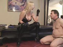 Секс рабу в залупу